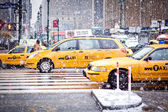 Taxi Cabsin Eight Avenue, New York City — Stock Photo
