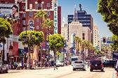 Hollywood boulevard i los angeles — Stockfoto