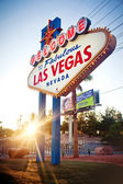 La welcome to fabulous las vegas sign — Photo