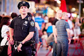 NYPD Police Officer on Times square — Stock Photo