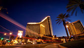 Night view of Mandalay Bay Hotel — Stock Photo