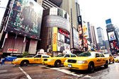 Times square med broadway-teatrar — Stockfoto