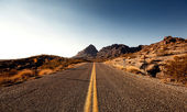 Mojave Desert Highway — Stock Photo