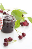 Jar with cherry-jam — Stockfoto