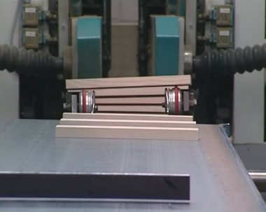 Special equipment loads cut parquet and worker take them. — Stock Video
