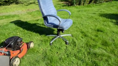 Grass cut office chair — Stock Video