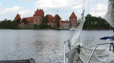 Yacht trakai — Stock Video