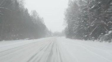 Car snow fall winter road — Stock Video