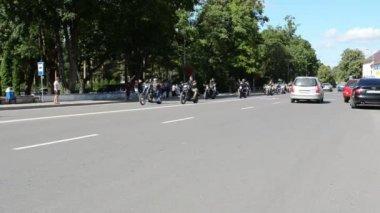 Biker straße motorrad — Stockvideo