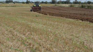 Tractor vehicle plow field — Stock Video
