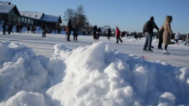 Pile snow closeup active sport leisure skating rink — Wideo stockowe