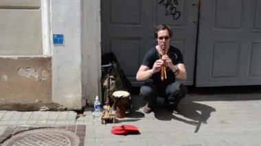 Man flute pipe play — Stock Video