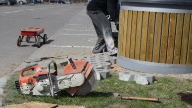 Tile cutting tool — Vidéo