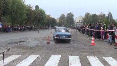 Soviet car slalom — Stock Video