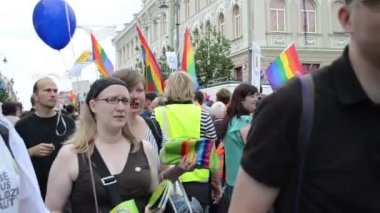 Gay lesbian parade people — Stock Video