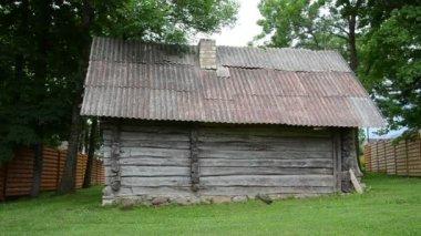 Casa de campo rural — Vídeo de Stock