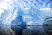 Iceberg and dramatic sky — Stock Photo