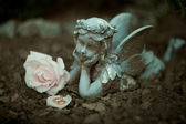 Bello estado de un ángel con anillos — Foto de Stock