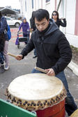 Asian drummer on lunar new years. — Stock Photo