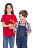 Kids with oak sapling in hands — Foto de Stock