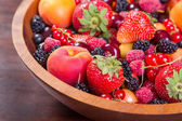 Fresh berries in plate — Stockfoto