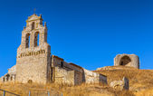 Mota del Marques Church and Castle — Stock Photo