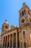 Paola Kirche Fassade — Stockfoto