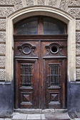 Ancient door — Stockfoto