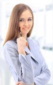 Ofiste güzel bir iş kadını — Stok fotoğraf