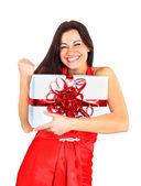 Vacker flicka med gåvor. — Stockfoto