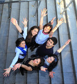 Groep van vrolijke studenten. — Stockfoto