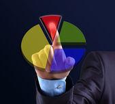 Obchodní muž po stisknutí tlačítka touchscreen — Stock fotografie