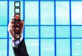 Business man hand choose check mark on box — Stock Photo
