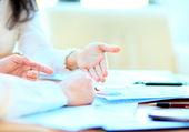 Trabalho de equipe negócios juntos para alcançar melhores resultados — Fotografia Stock