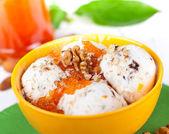 Ice cream with walnuts — Stock Photo