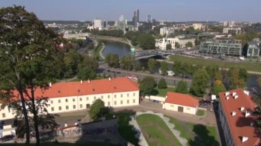 Lithuanian capital Vilnius panorama and Neris — Стоковое видео