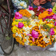 Various flowers in Varanasi street market, India — Stock Photo