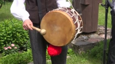 Playing with musical instrument drum — Stock Video
