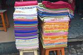 ткань в азии уличный рынок — Стоковое фото