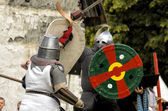 CHORZOW,POLAND, JUNE 9: Fight of medieval knights during a IV Co — Stock fotografie