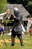 CHORZOW,POLAND, JUNE 9: Medieval knight trainng before fight dur — Stock Photo