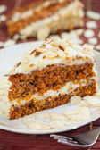 Carrot cake with almonds — Stock Photo