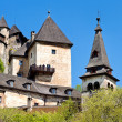 Oravsky Podzamok, Slovakia - May 10, 2008: Most beautiful castle in Slovakia. Build in XIII century. — Foto de Stock