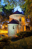 Night view of the Romanesque St Nicholas Rotunda on Castle Hill in Cieszyn, Poland One of the oldest romanesque monuments in Polish This Rotunda is shown on 20 polish zloty banknote reverse — Stock Photo