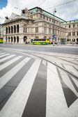 Vienna, Austria - September 01, 2013: The Vienna State Opera Building. Build in 1869 in Neo-Renaissance style. — Stock Photo