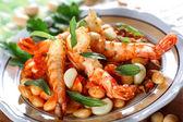 Shrimp with white beans — Stock Photo