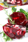 Braised rabbit in white wine with beetroot jelly — Stock Photo