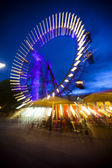 Abstract long exposure picture of oldest, historic ferris wheel in Prater Amusement Park in Vienna — Stock Photo