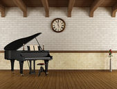 Grand piano in a empty room — Stok fotoğraf