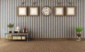 Empty vintage room with retro objects — Stok fotoğraf